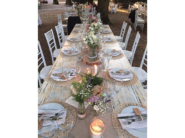 La Vecchia Quercia Ricevimenti applica il 5% di sconto agli sposi che la scelgono per il catering