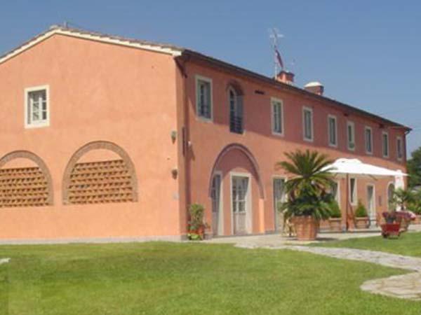 La camera per i novelli sposi è gratuita per la prima notte di nozze presso il Casal Sant'Elena