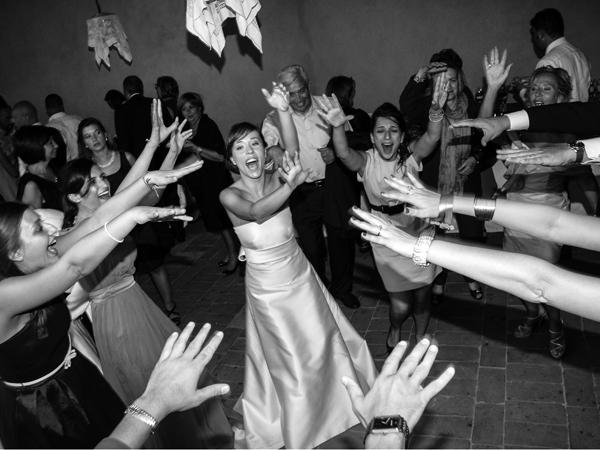 Foto Ghelli omaggia con regali graditi i novelli sposi che lo scelgono per il servizio fotografico