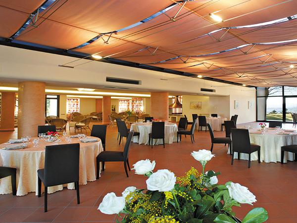 Scegliendo Tenuta San Michele come location per le nozze riceverete un allestimento a scelta omaggio