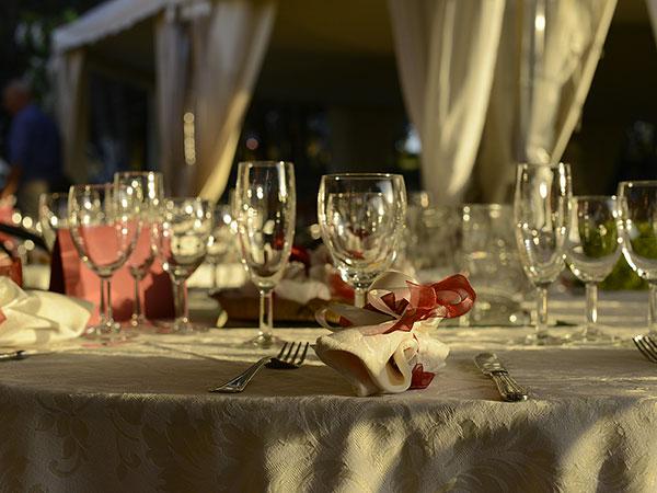 Presso il ristorante Club la Cambusa, la prova del menù delle vostre nozze è gratuita