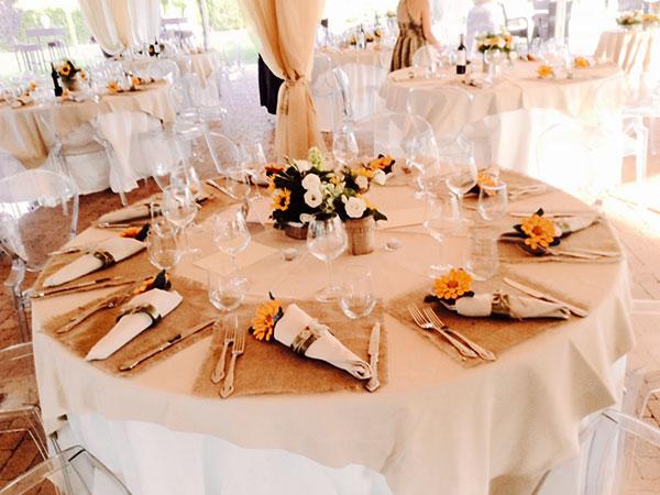 Celebrate il vostro matrimonio di venerdì: il ristorante Osteria La Rocca vi sconta il 10%