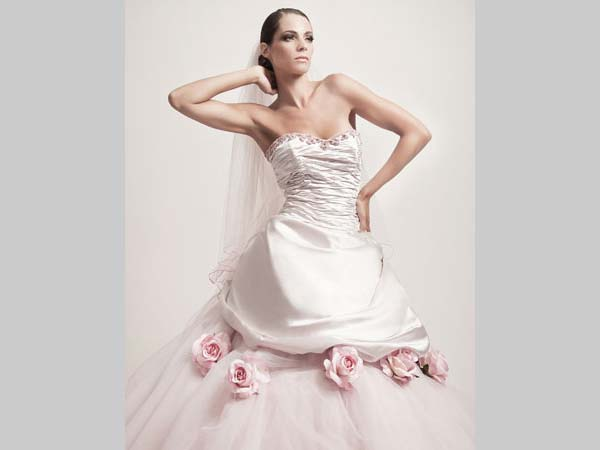 L'atelier Sposissimi & Co. applica un interessantissimo 10% di sconto sull'acquisto dell'abito