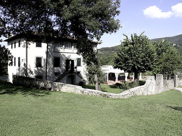 Sconti su location+catering da Villa Elizabeth per i matrimoni organizzati di giovedì o venerdì