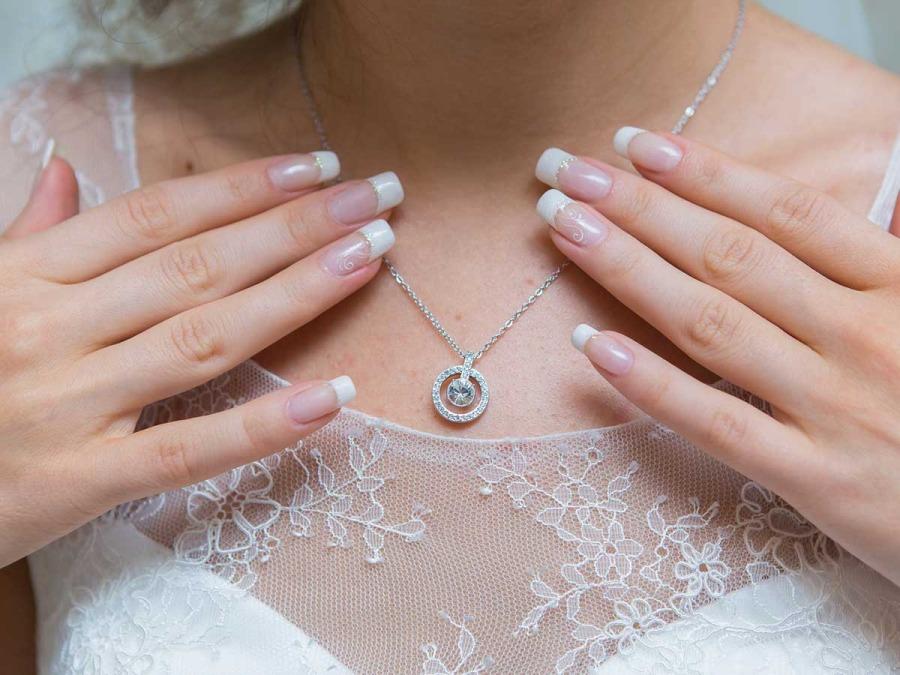 Il punto luce, un brillante per la sposa nello speciale giorno delle nozze?