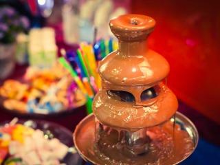 La golosa fontana di cioccolato per addolcire il vostro ricevimento di nozze
