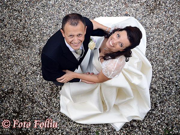 Foto Follia vi regala, per il giorno delle nozze, una spettacolare foto-proiezione in diretta