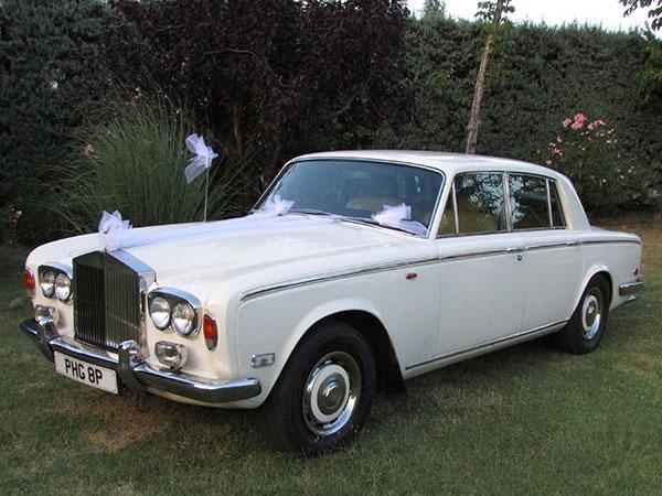 Scegliete l'auto d'epoca che avete sempre sognato con Vintage Car Bologna e il suo 10% di sconto