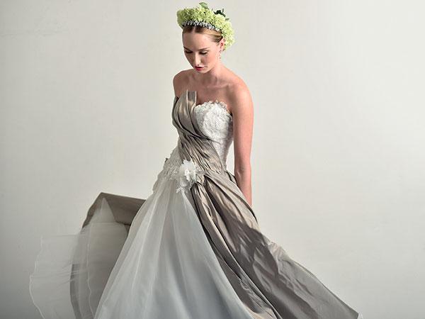 """Aperture straordinarie, anche in """"pausa pranzo"""", per scegliere l'abito per le nozze da Tulle Sposa"""