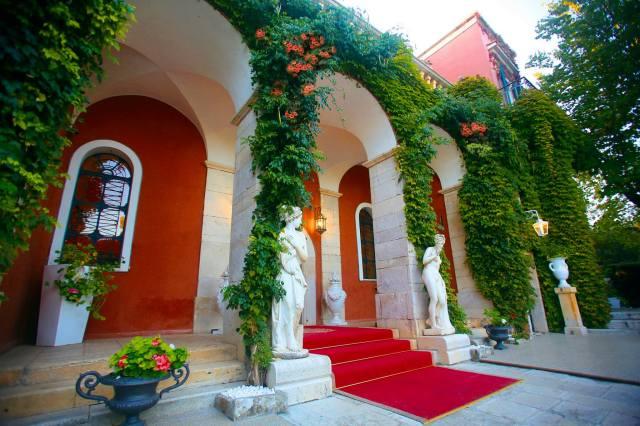 Villa Torrequadra già Conti Rogadeo