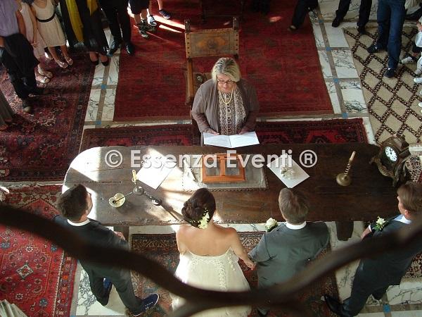 Cerimoniere Matrimonio Simbolico Roma : Celebrante matrimonio simbolico essenza eventi servizi e
