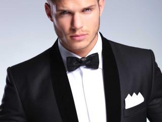 Se la giacca è impeccabile, allora l'abito da sposo è davvero perfetto