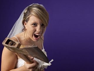 Attenzione, per una vita tranquilla, tra moglie e marito non mettere il… mito
