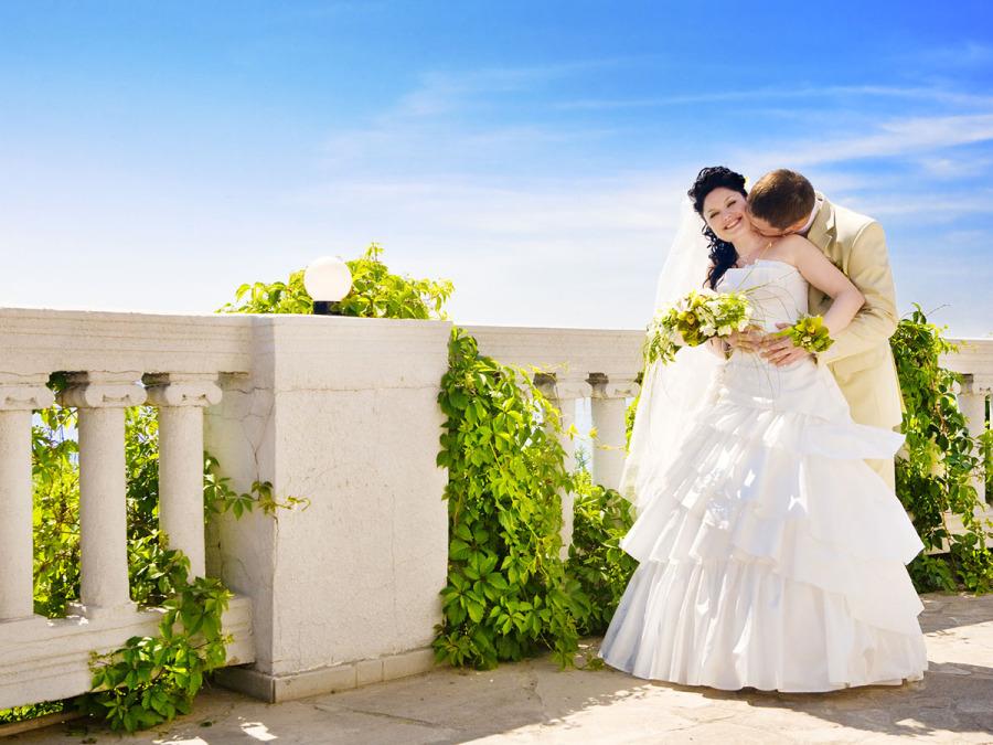"""Un abito perfetto e favoloso anche per una sposa leggermente """"fuori misura"""""""
