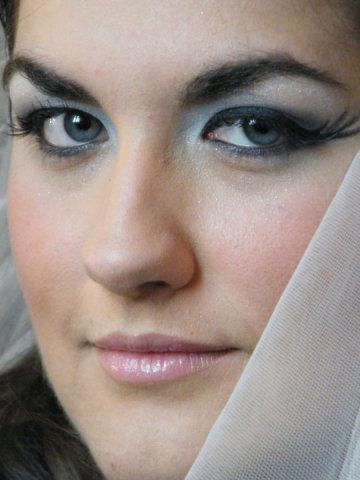 Rennie Makeup