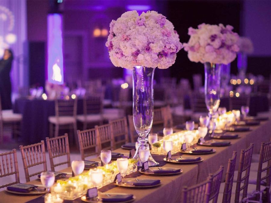 Al centro del tavolo, al centro dell\'attenzione: i centrotavola del vostro matrimonio
