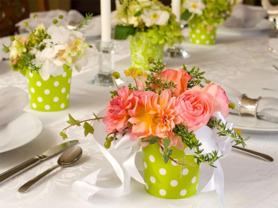 """Anche al ristorante, nel giorno delle nozze, vale la regola del: """"Ditelo con un fiore"""""""