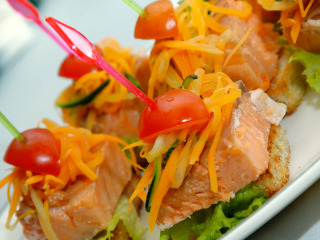 "Mix di sapori internazionali per piatti caratteristici di una cucina ""fusion"" per le vostre nozze"