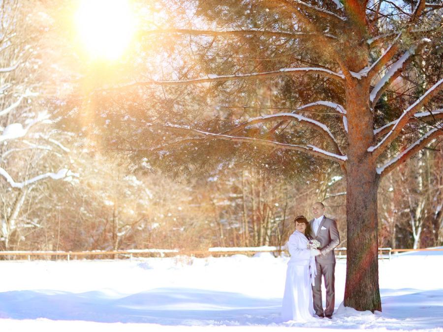 Un abito da sposa bianco e candido come la neve... ma caldo ed elegante