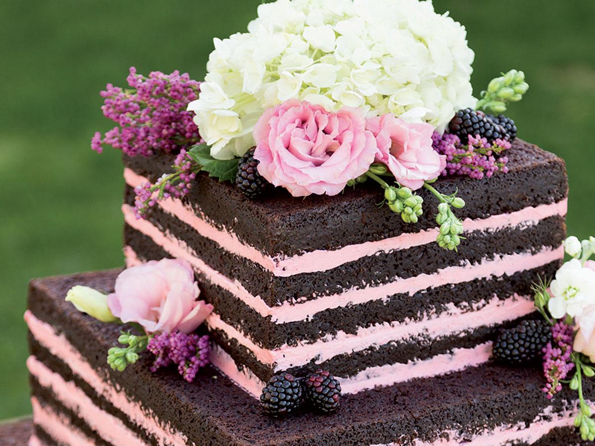Non esiste un modello pre-costituito, oppure obbligatorio, di torta ...