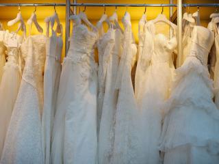 Perché il sogno di un abito da sposa unico si realizzi alla perfezione... ci vuole tempo