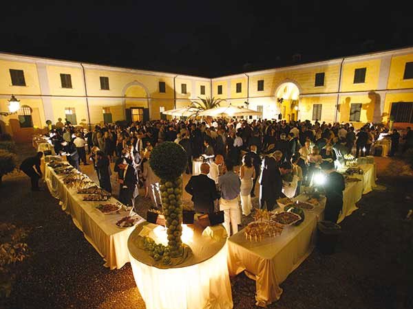 Corte di Villa Spalletti propone il pacchetto promo location+catering a soli 65 euro + IVA a persona