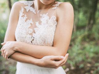 Come diventare una sposa sensuale? Parliamo di spacchi e scollature