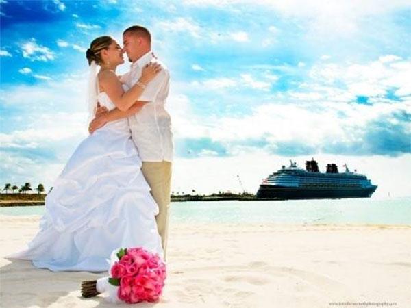 Confermando il ricevimento di nozze da Il Salice di Trino Vercellese potresti vincere una crociera MSC all inclusive