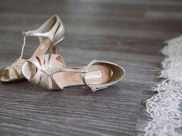 Scarpe Sposa Per Abito In Tulle.Tulle Calzature Sposa Look E Abbigliamento Scarpe Sposa Torino