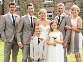 Foto di gruppo il giorno delle nozze: i parenti dello sposo, della sposa... e poi?