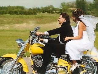 Quattro ruote e un pizzico di fantasia per rendere le vostre nozze uniche e originali