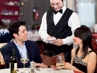 Sette utili consigli per una valida e lungimirante prova del menù di nozze