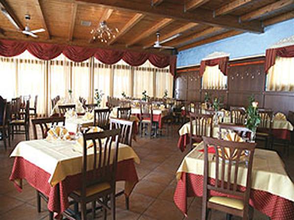 Sposarsi in settimana o fuori stagione non è mai stato così conveniente come al Lago la Sirenetta