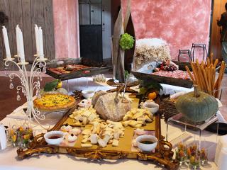 Scegliendo AnnElizabeth Banqueting per le vostre nozze, la degustazione del menù nuziale è in omaggio
