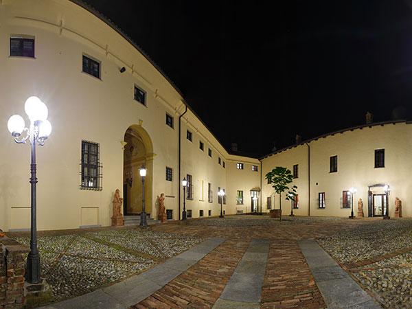 Il Castello di Cortanze offre in omaggio la prima notte di nozze nella suite della Torre degli sposi