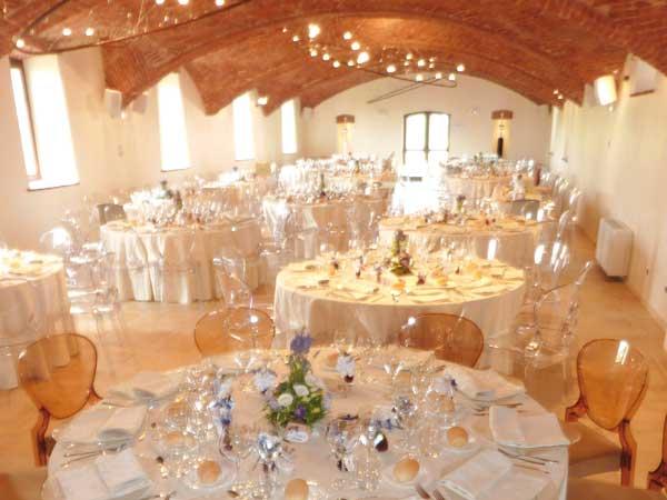 Il ristorante La Torre applica promozioni speciali ai menù di nozze feriali e fuori stagione