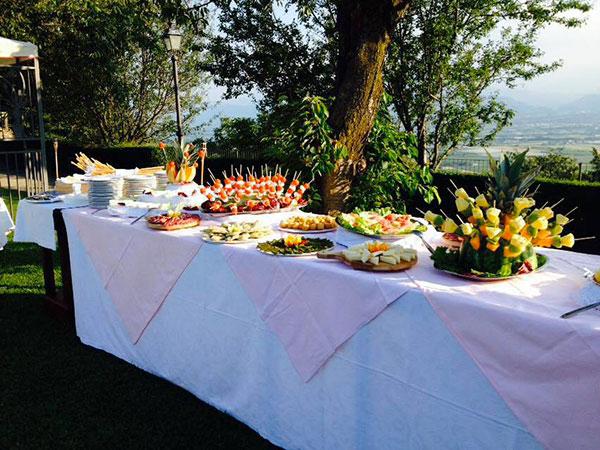 La degustazione del menù è in omaggio per gli sposi che prenotano il ristorante Vetta della Rocca