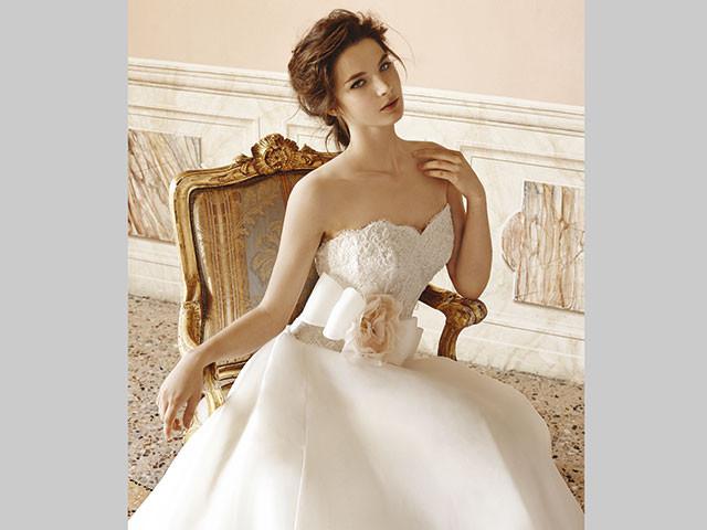 Speciali sconti attendono le novizie che scelgono l\'abito da sposa presso Le Spose di Roberta