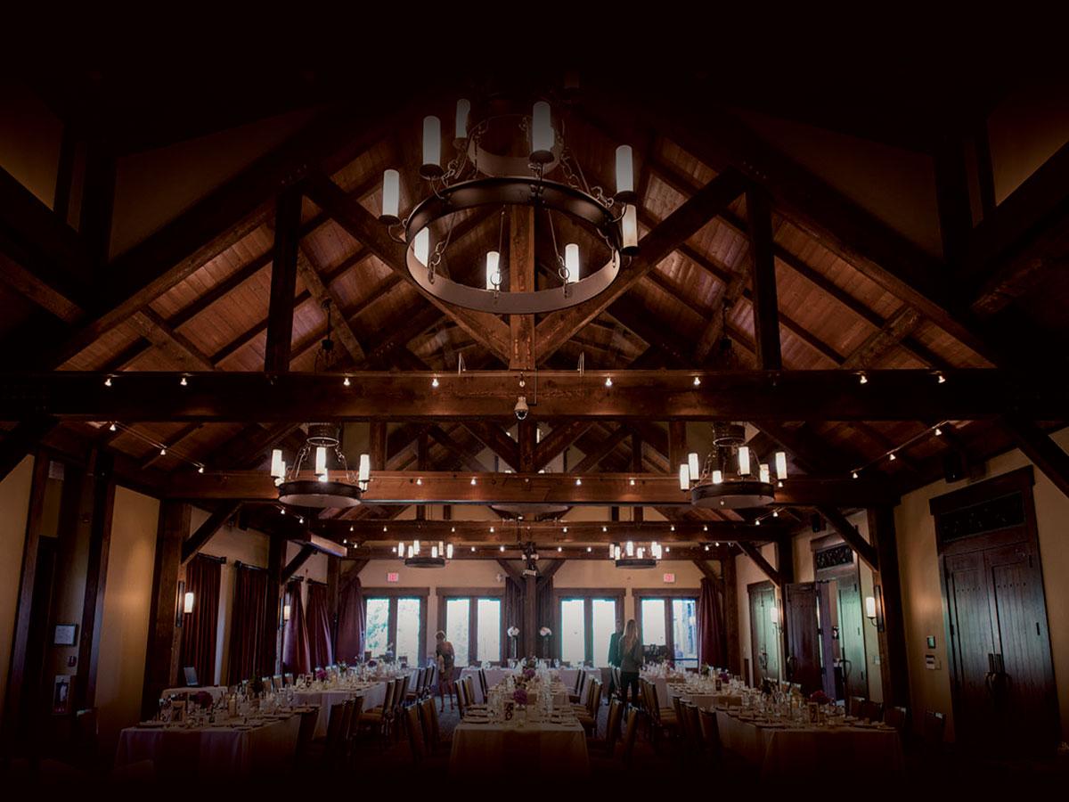 Romantica e candida location per le nozze: una baita per riscaldare il cuore dei vostri invitati
