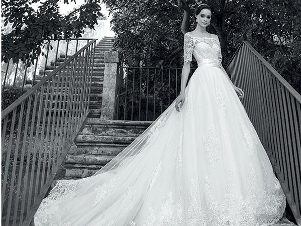 Il volo d'amore panoramico è solo una delle promozioni riservate agli sposi dall'Atelier Moda Spose