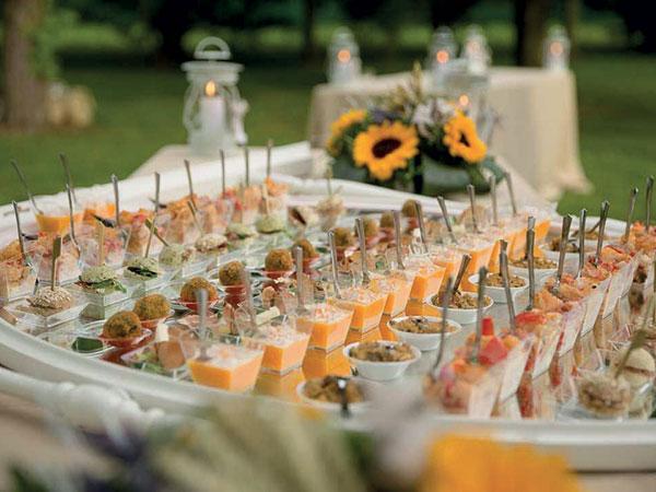 I menù bimbi proposti da I Corsi Catering in occasione delle vostre nozze sono davvero convenienti