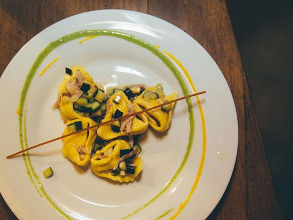 Mustache Catering propone i menù di nozze feriali e fuori stagione ad un prezzo davvero speciale