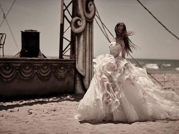 Gli abiti da sposa proposti presso Radiosa Atelier sono scontati dell'interessante e conveniente 10%
