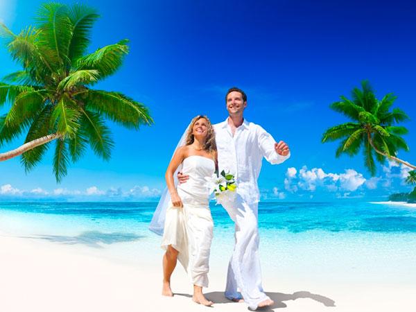 Una pioggia di vantaggi è riservata agli sposi che scelgono Base Blu Viaggi per il viaggio di nozze