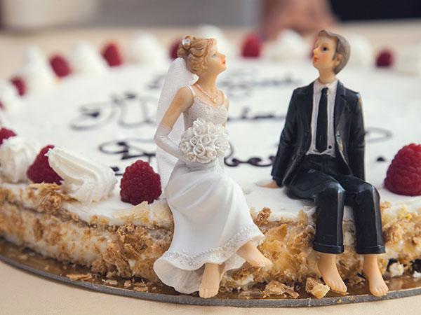 Il 50% di sconto sulla torta nuziale attende gli sposi che prenotano la location Borgo dei Guidi entro dicembre