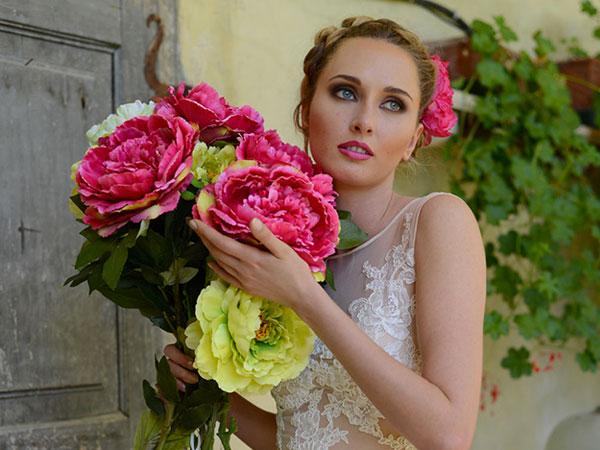 Da Tulle by Idea Sposa in omaggio gli accessori del Total Look acquistando l'abito da sposa di alcune collezioni
