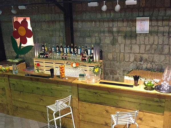 Tumbler-In Open Bar offre un menù wedding bar a prezzi vantaggiosi per la festa del matrimonio