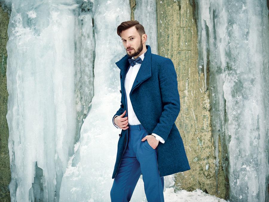 5ec0488d19f0 Un bellissimo cappotto da principe azzurro per lo sposo d inverno ...