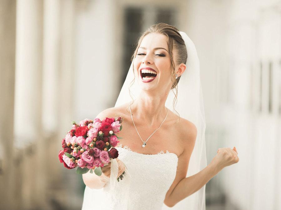 Conosci il linguaggio dei fiori? Come sceglierli per il matrimonio in base al loro significato