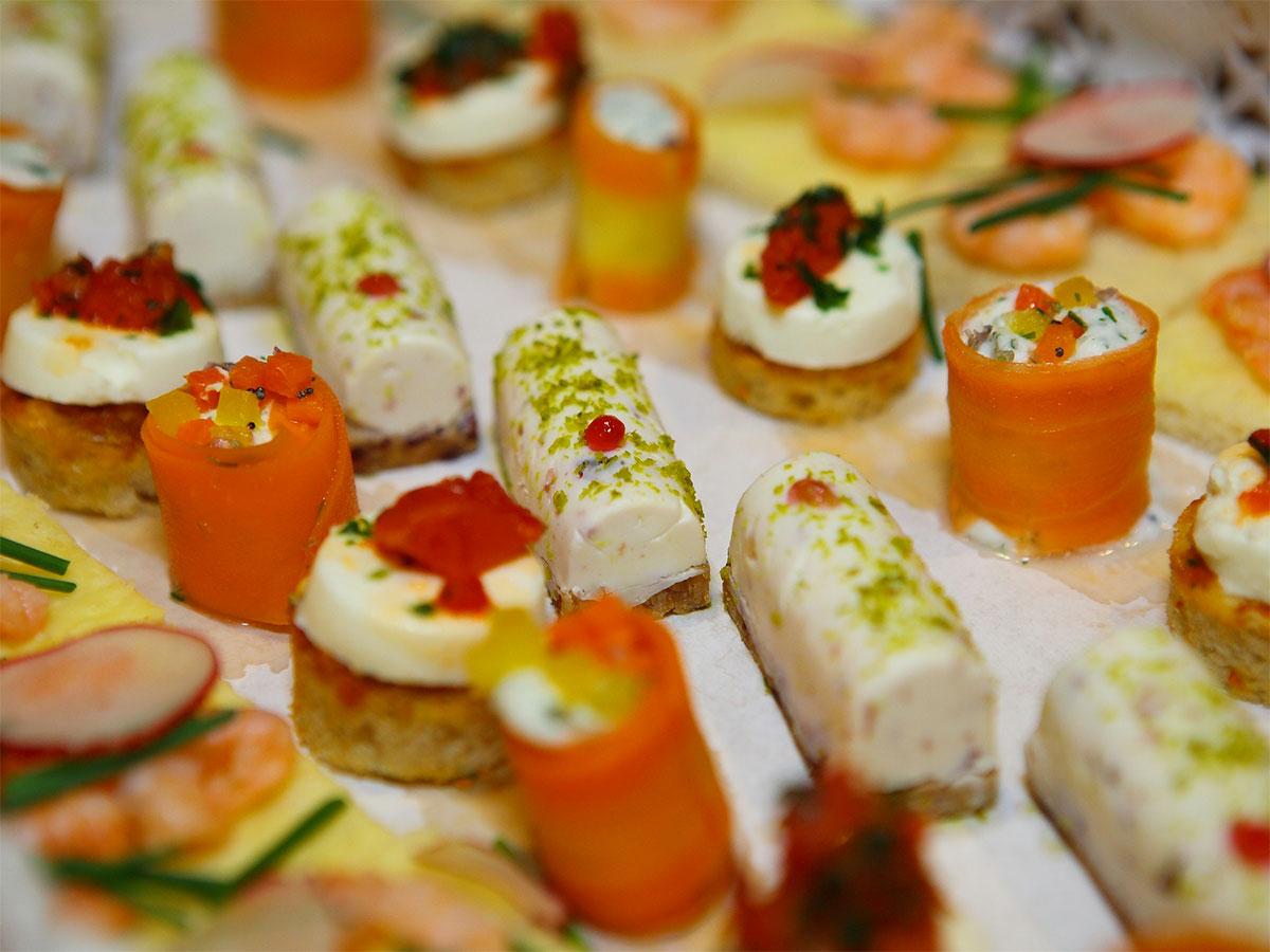 Idee di intrattenimento matrimonio aperitivi stuzzichini - Idee per un aperitivo in casa ...